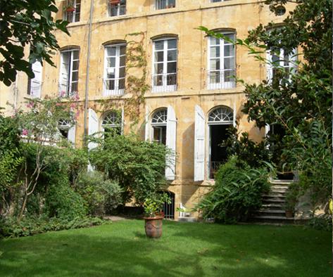 le jardin de marie guesthouse aix en provence. Black Bedroom Furniture Sets. Home Design Ideas