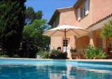 la villa rosalie ventabren pays d'aix en provence maison d'hotes office du tourisme centrale de reservation