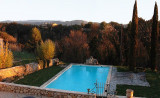 le grand callamand pertuis aix en provence bed and breakfast tourist office booking center