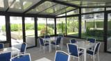 veranda-chartreuse-21992