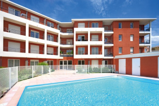 Park and suites Confort La Duranne - Piscine