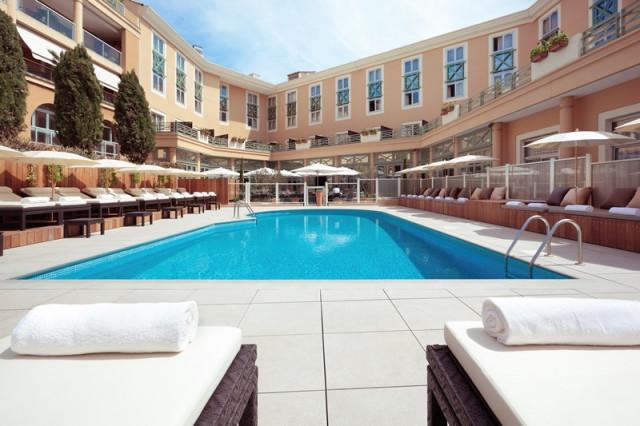 Grand Hotel du Roi René - Pool