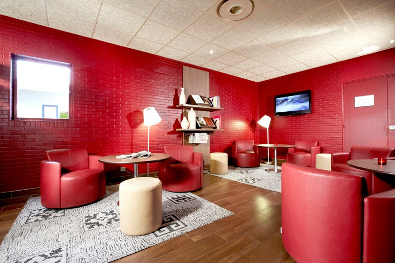 Campanile Aix Sud Pont De L'Arc - Espace Lounge