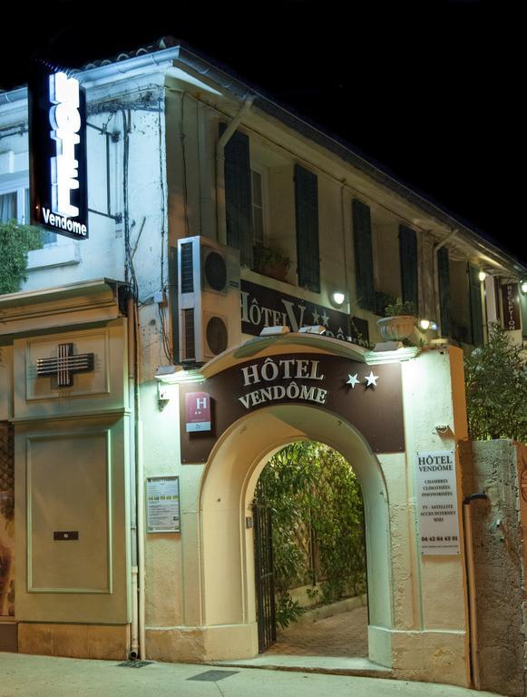 facade-hotel-2-22858