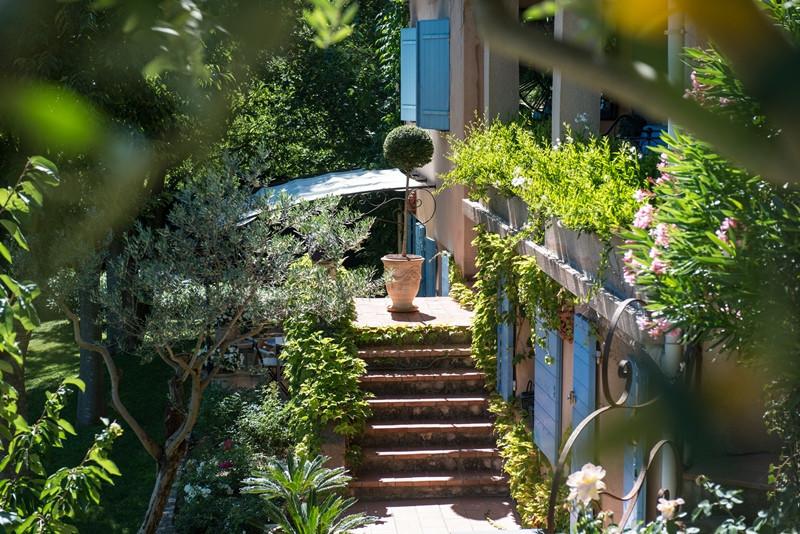 La Bruissanne - Aix en Provence / Le Tholonet