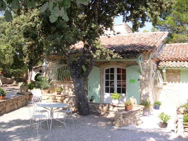 ... Le Mas Des Chenes Bed And Breakfast Rognes Aix En Provence Tourist  Office Booking Center ...