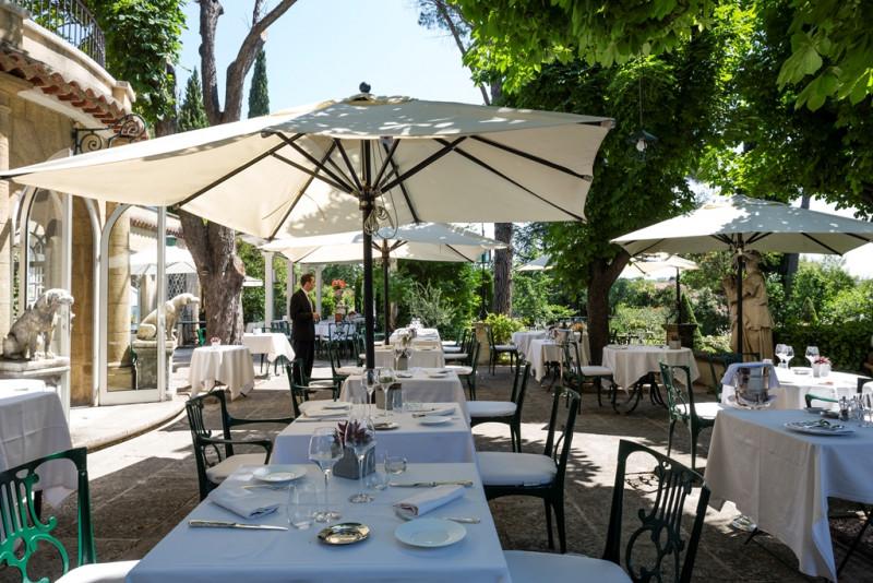 LE PIGONNET - RESTAURANT OFFICE DE TOURISME CENTRALE DE RESERVATION AIX EN PROVENCE HOTEL