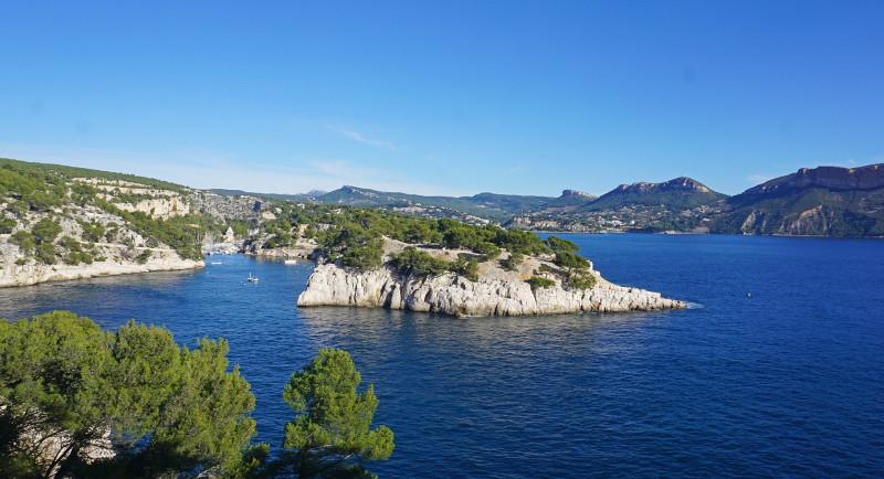Cassis et la calanque de Port Miou