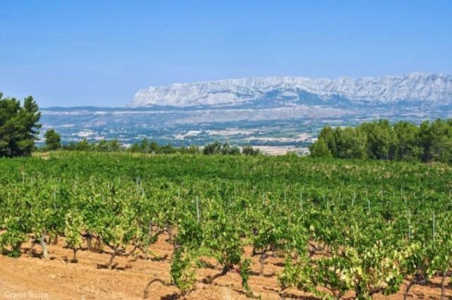 Côtes de Provence - Sainte Victoire aix en provence office de tourisme centrale de réservation