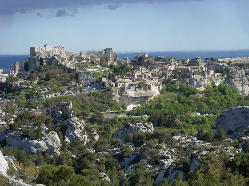 Excursion arles les baux de provence et saint remy de - Office de tourisme les baux de provence ...
